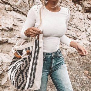 Handbags - 🆕! Weekender Tote